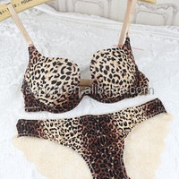 New Style Sexy Fashion Fullness Convertible Leopard Favourable Seamless Underwear Support Moulded Plunge Push Up Bra