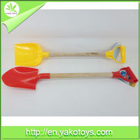 Good selling Summer toys, Beach shovel toys 2 AST,PP and Wooden material,with EN71/ASTM/HR4040/7P certificates