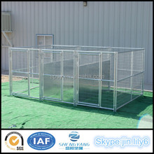 Hot sell dog kennel enclosures lerge pet cage with Fight Guard Divider and Roof Shelter