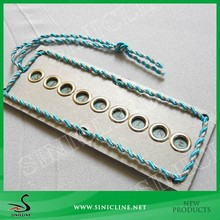 Sinicline Factory Beautiful Swing Hang Tag with Metal Ring and Decoration