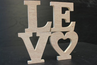 """Wooden Plaque Words/Letters Free Standing """"LOVE"""" Home/Wedding Decoration"""