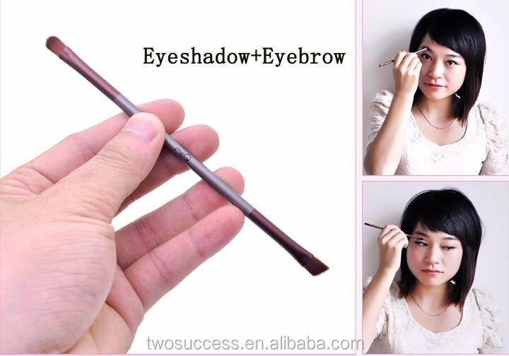 eyeshadow and eyebrow brush .jpg