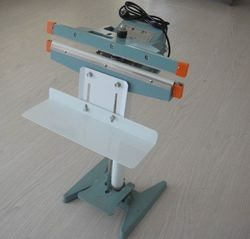 vertical electronic foot impulse sealer with cutter 2015 good sealer impulse foot sealer easy to use 450MM