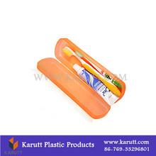 Plastic toothbrush holder for travelling