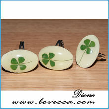 Real Four Leaf Clover Resin Cabochon , Natural Four Leaf Clover in Resin , Four Leaf Clover Resin Ring