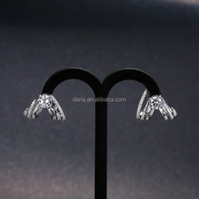 DLY Proveedor China Eagle Claw stud earrings sterling silver pave setting jewelry earring