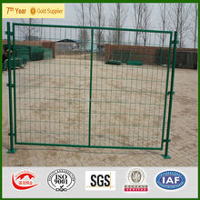 US and Canada new design high quality outdoor dog fence / portable dog fence / dog runs fence .