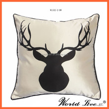 WL532 New Design Deer Head Pattern Imitated Silk Cushion