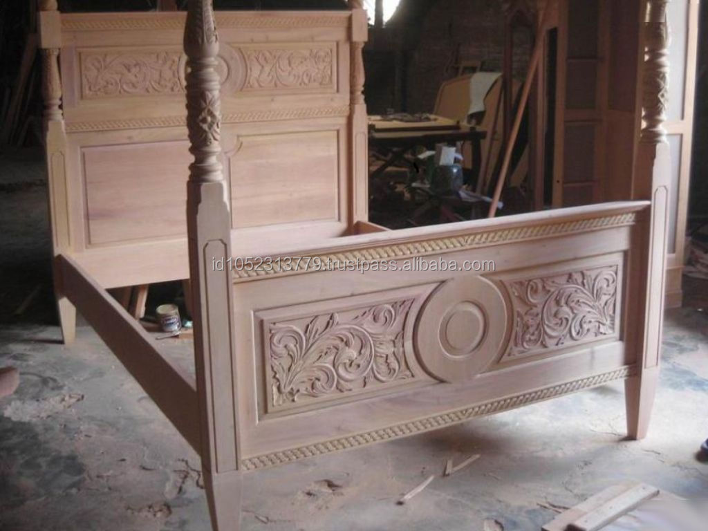 Sajonia salina bed mahogany classic reproduction furniture for Classic reproduction furniture