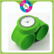 Customized Accepted Silicone Slap Wrist Sport Watch