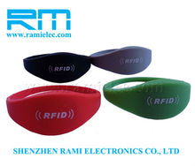New Product cheap ntag203 waterproof silicon rfid wristbands for event made in china