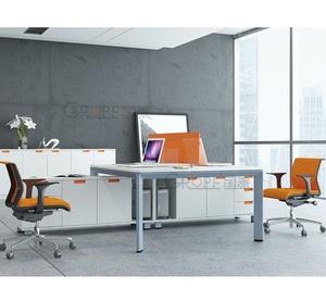 Конкурентоспособная три человека босс офисный стол, офисная мебель Бангкок