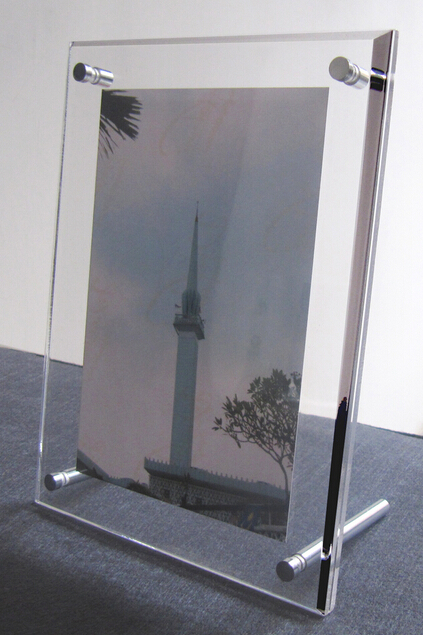 High quality clear acrylic custom picture frame