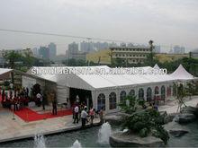 Tendas de casamento com fabricantes de preços China madeira pólos da barraca