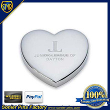 Wholesales metal heart shape paper weight , zinc alloy material ,Suitable for Office or meeting
