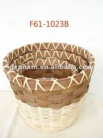 round wooden decoration basket