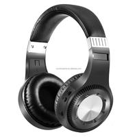 Big bluetooth headphone with big volume control knob