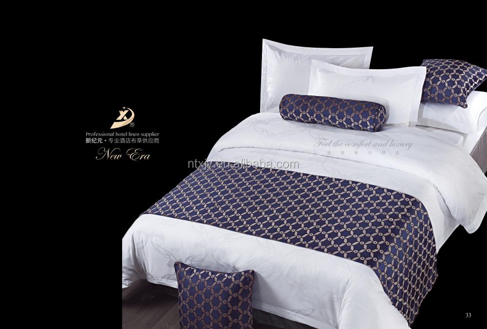 Design lit complet de dubai nancy 2918 nancy lit pet immune for Housse matelassee pour clic clac imitation cuir versailles