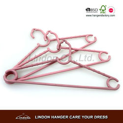 small plastic hangers for kids clothes