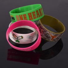Wholesale popular cheap gift items new silicone bracelet
