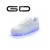 GD favorites classic style supply big sizes LED casual shoes men