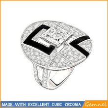 Big oval surface fashion ring design