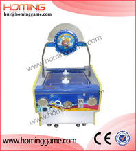 2015 hot sale game machine / Kids mini air hockey ball redemption game machine for sale