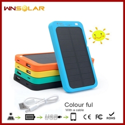 Emergency solar charger 4000mah solar cell phone charger solar laptop charger for travel