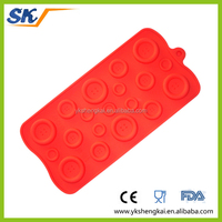 2015 new fashion silicone ice cube tray with food grade