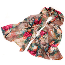 Hot selling European hot fashionable scarves silk