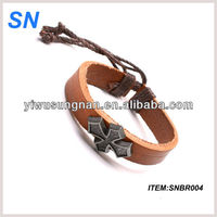 2013 hot sell genuine leather fashion 2013 bracelet trend