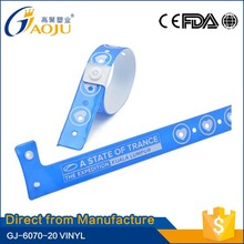 ISO CE Approval all kinds of custom reflective pvc slap wristband for promotion