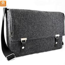 "13"" Felt Laptop Messenger bag"