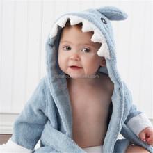 Vuelos baratos de China venta al por mayor de los animales bordado 100% algodón de los bebés embroma la toalla con capucha
