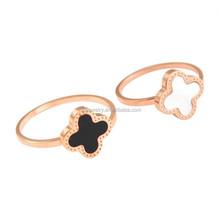 Korean Ladies White Black Rose Gold Stainless Steel Four Leaf Shaped Finger Ring