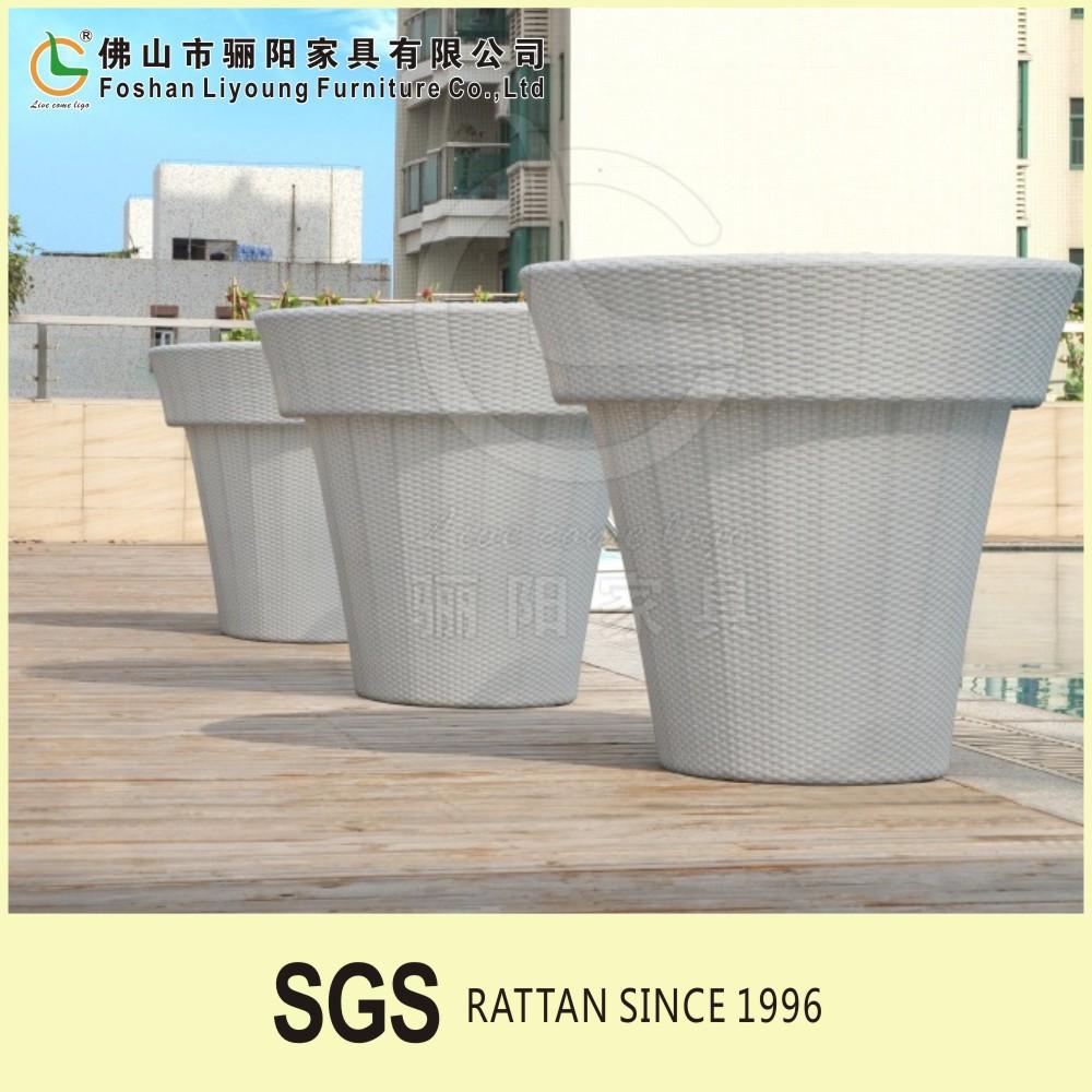 Ligo New Model Different Colour Plastic Garden Pot For