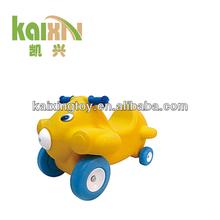 2013 Children Plastic Ride On Toy Car