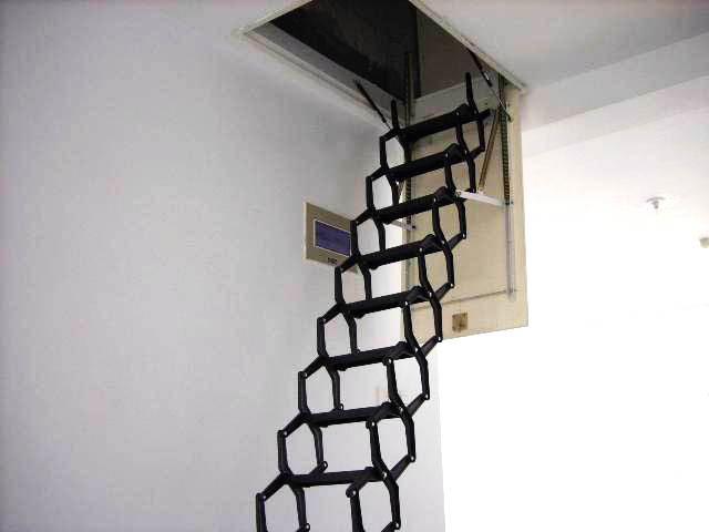 Retractable Metal Telescopic Loft Ladder Folding Folding