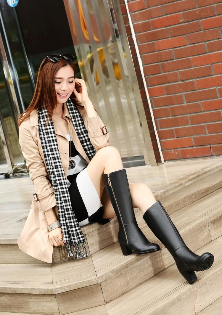 Free Shipping 100% Genuine Leather Winter Plush Woman Riding