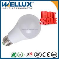 WELLUX New Product Top Quality Cheap 5w 7w Glass/Plastic B22 E27 led bulb lighting