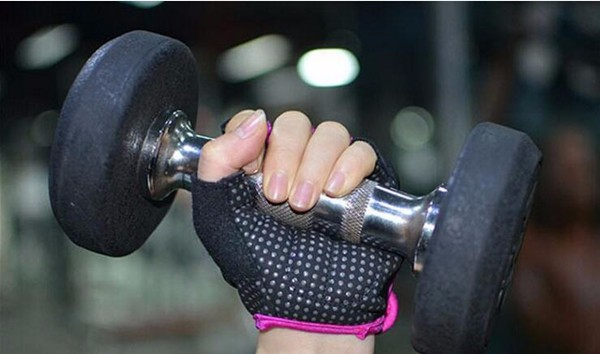 fitness gloves workout 14.jpg