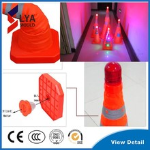led traffic cone with top warning light flashing light