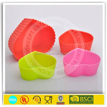 Celebrations food safe silicone cupcake Liners/ Baking cup cake cases