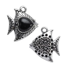 New Arrival Fashion Trend Zinc Alloy Hollow tropical fish Pendant with Heart Shaped Nature Black onyx Jewelry DIY Accessories