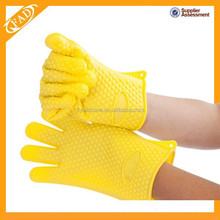 Amazing Heat Resistant Silicone Kitchen and BBQ Gloves