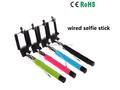 con conexión de cable de colores selfie palo