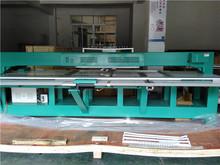 Máquina de bordar para el bordado con aplicador de cordon y mostacillas