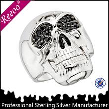 OEM handmade white gold male skull ring