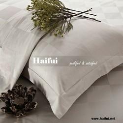 Grid design hotel bedsheet fabric, plain white bedsheet fabric