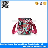 Factory direct sells new nylon printed small messenger bag for women